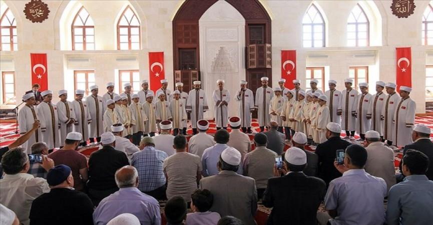 Türkiyədə Quran hafizlərinin sayı 150 min nəfəri ötdü